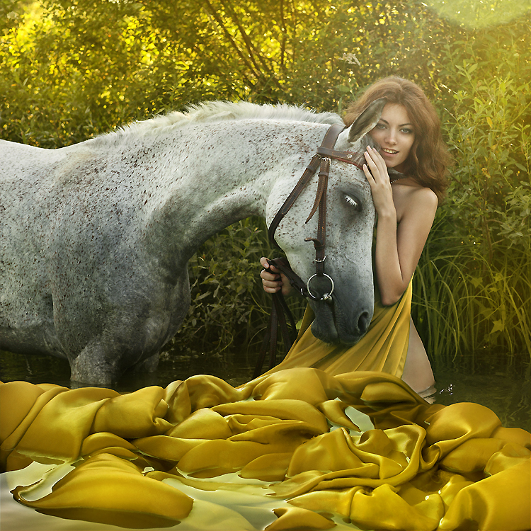 Конь закрыл глаза и склонил голову.